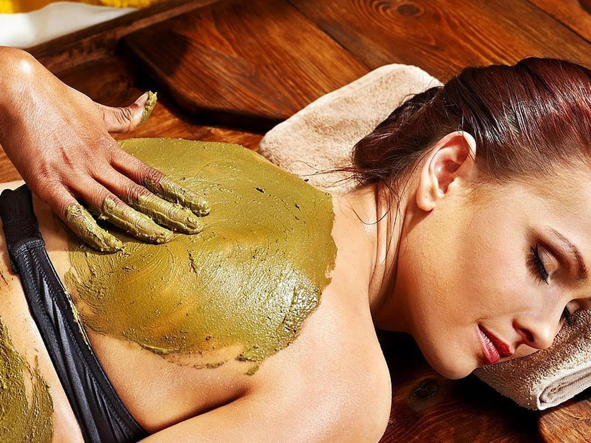 Rugmassage Rub & Scrub Header